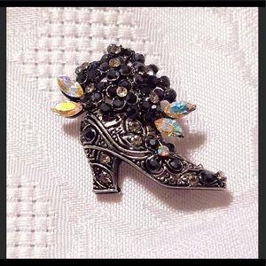 🆕‼️Vintage Fancy Boot With Rhinestones Brooch/Pin